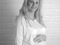 DSC_0661bw-maternity-photographer-stevenage-hertfordshire-jenna-marshall-photography.png