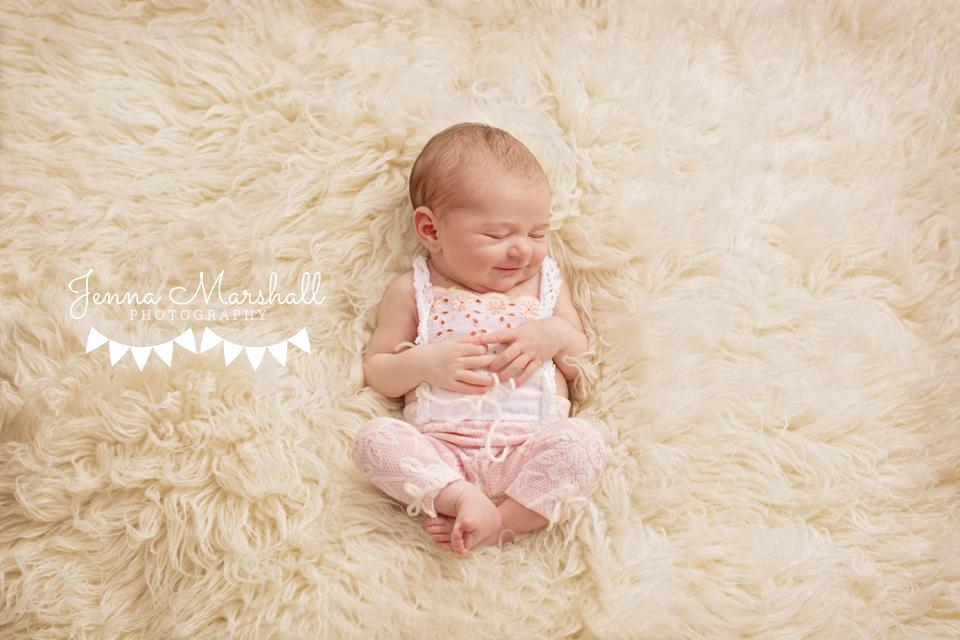 523-peach-newborn-photographer-stevenage-hertfordshire-jenna-marshall-photographer