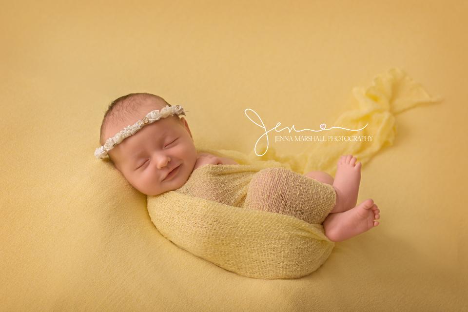 DSC_0425-award-winning-newborn-photographer-stevenage-hertfordshire-jenna-marshall-photography