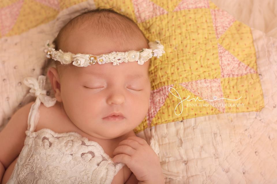 DSC_0554-award-winning-newborn-photographer-stevenage-hertfordshire-jenna-marshall-photography