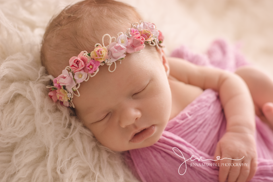 DSC_1027-newborn-baby-photographer-hertfordshire-jenna-marshall-photography