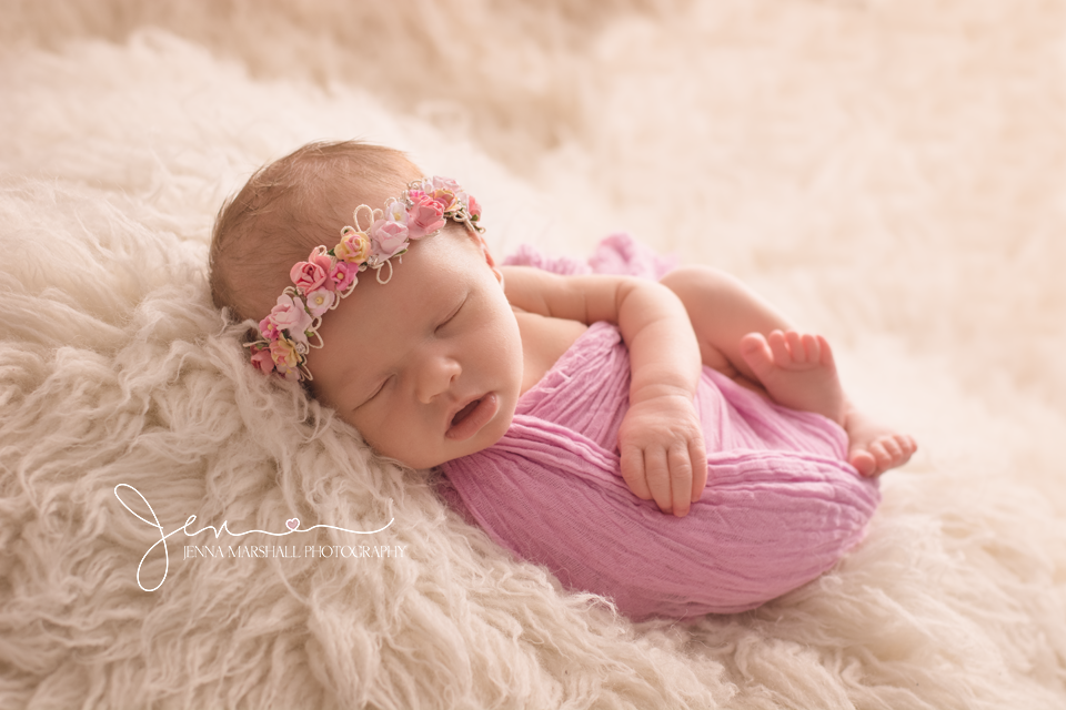 DSC_1047-newborn-baby-photographer-hertfordshire-jenna-marshall-photography