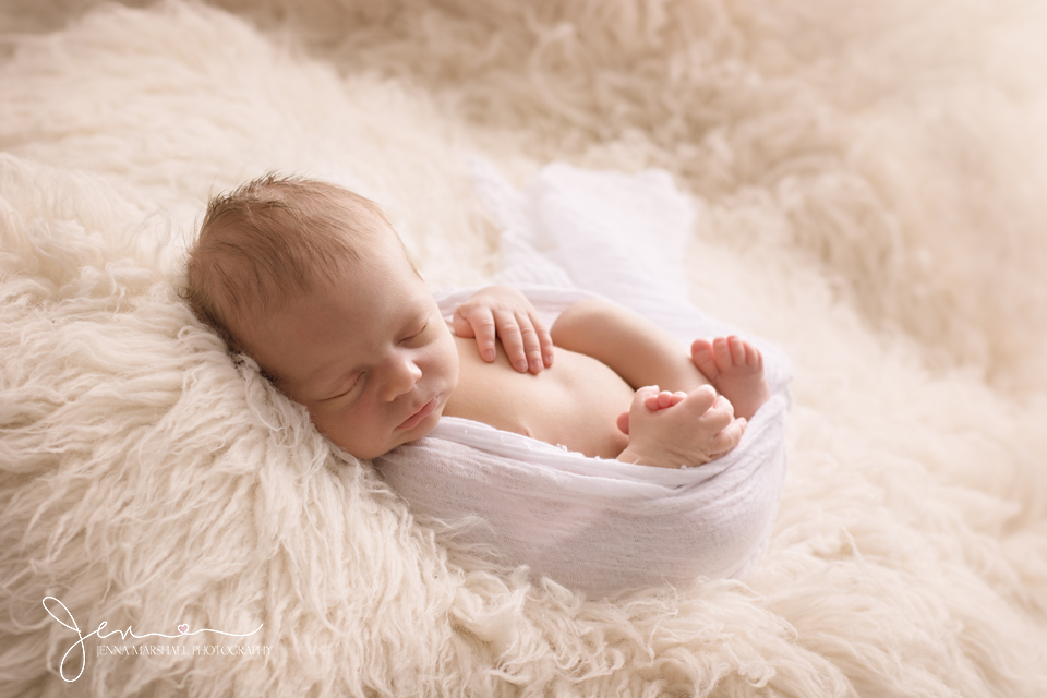 DSC_0689-newborn-photographer-stevenage-hertfordshire-jenna-marshall-photography
