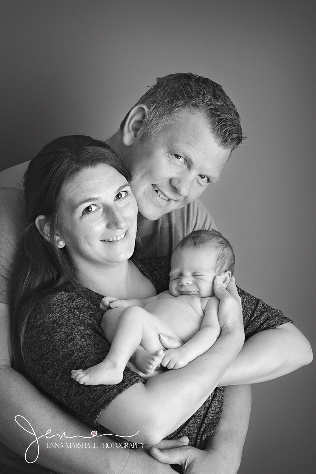 DSC_1289bw-newborn-photographer-stevenage-hertfordshire-jenna-marshall-photography