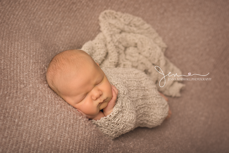 DSC_1402-newborn-baby-photographer-stevenage-hertfordshire-jenna-marshall-photography