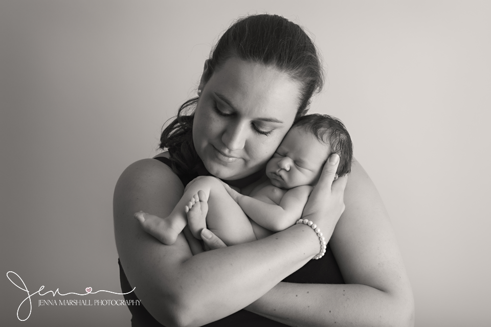 DSC_0464bw-newborn-baby-photographer-stevenage-hertfordshire-jenna-marshall-photography