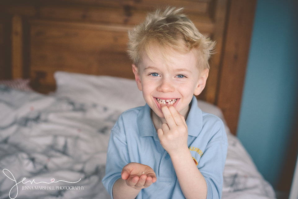 DSC_2395-lost-tooth-family-photographer-hertfordshire-jenna-marshall-photography