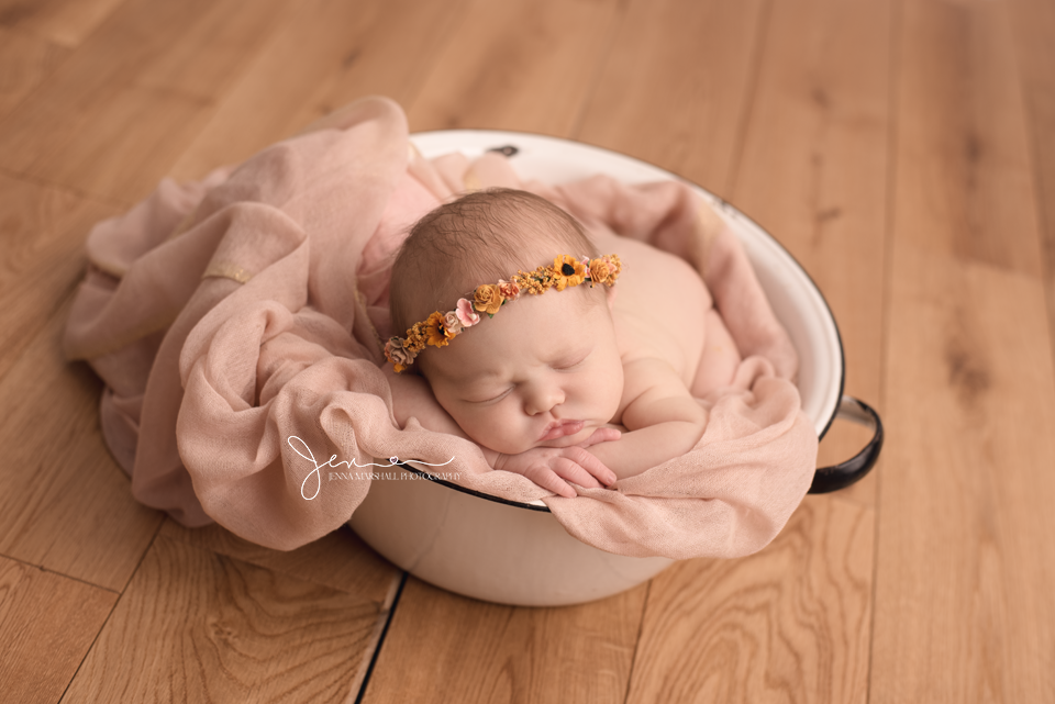DSC_1465-newborn-photographer-stevenage-hertfordshire-jenna-marshall-photography