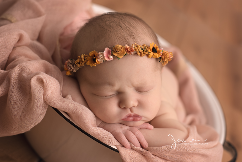 DSC_1472-award-winning-newborn-photographer-stevenage-hertfordshire-jenna-marshall-photography