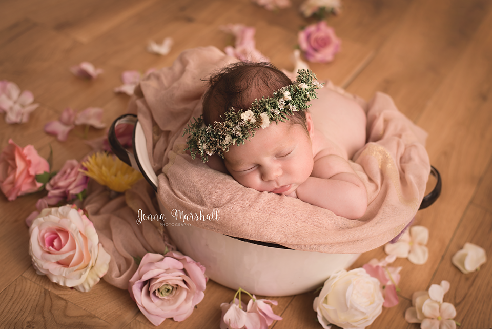 DSC_0848-newborn-photographer-stevenage-hertfordshire-jenna-marshall-photography